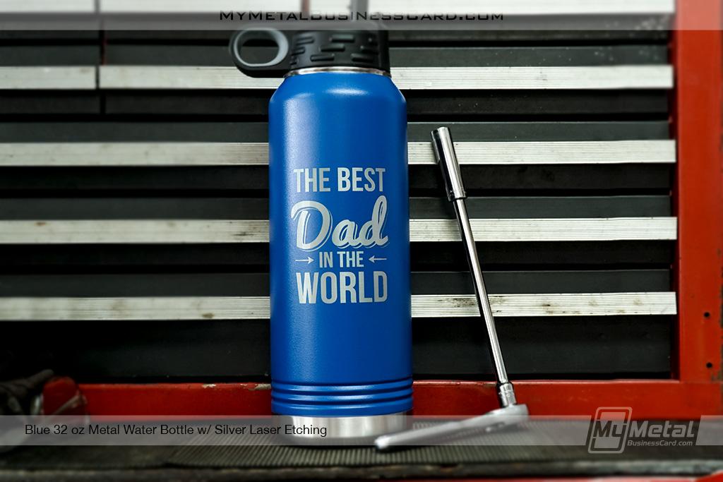 Blue-Best-Dad-in-the-Wordl-Custom-Etched-Metal-Water-Bottle-32-oz